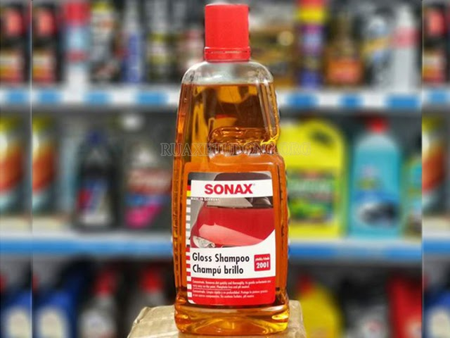 Sonax-Gloss-Shampoo