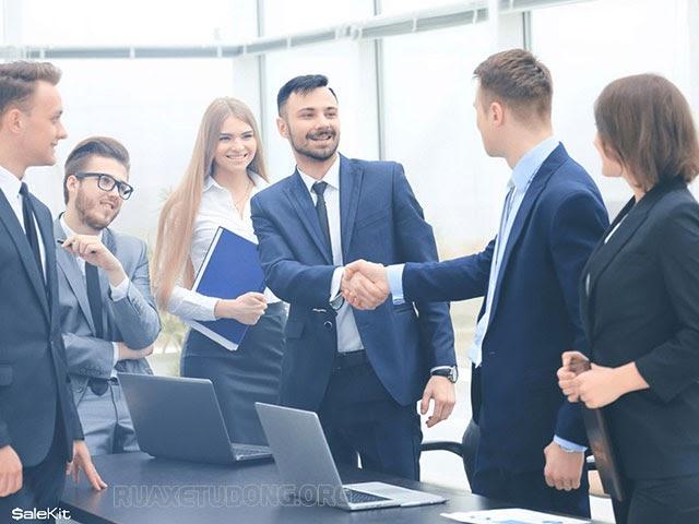 nhân viên kinh doanh là gì